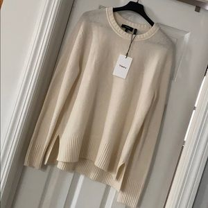 Theory soft cashmere sweater Small